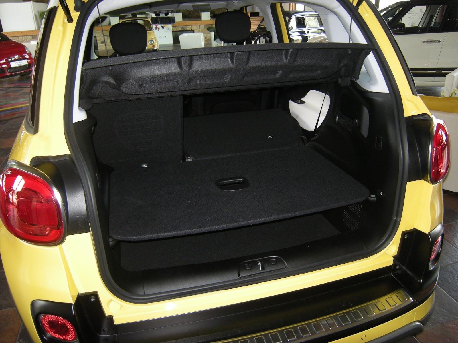 der fiat 500l kommt auch auf unbefestigten terrain sicher. Black Bedroom Furniture Sets. Home Design Ideas