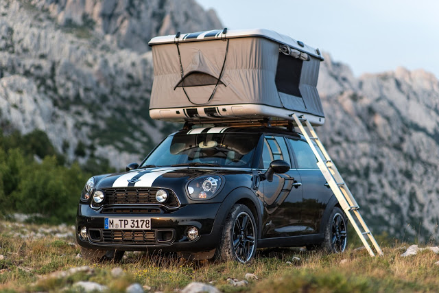 mini countryman all4 camp mit roof top zelt gro e ideen f r kleine fl chen auto und reisen. Black Bedroom Furniture Sets. Home Design Ideas