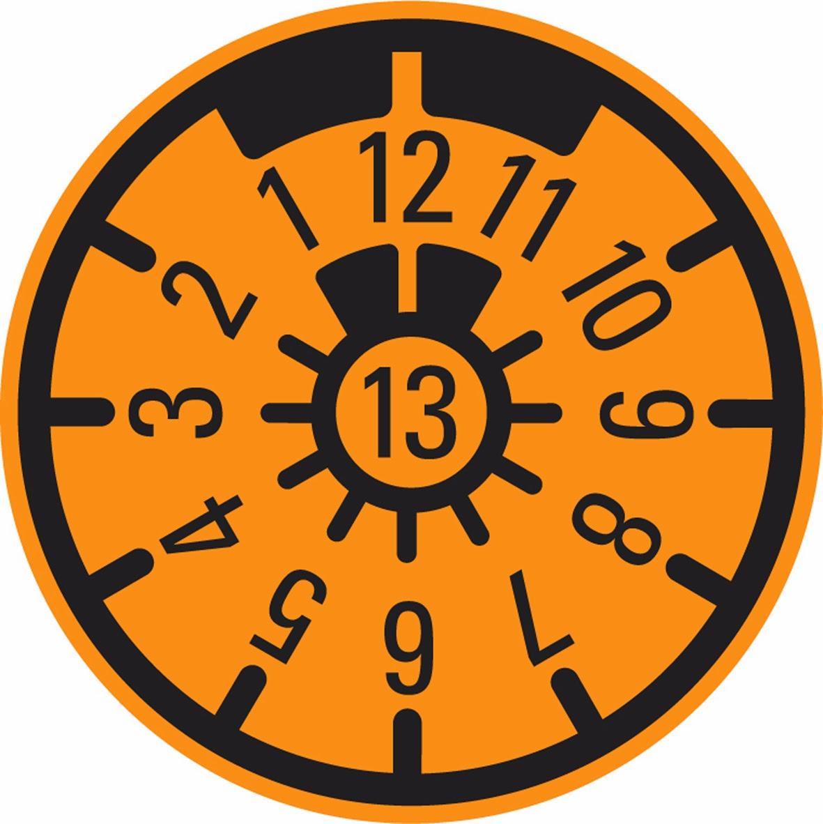 Plakette Auf Dem Nummernschild Orange Dann Schnell Zu Tuv Sud